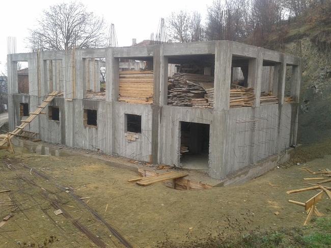 Feruz köyündeki Cami inşaatı hızla yükseliyor